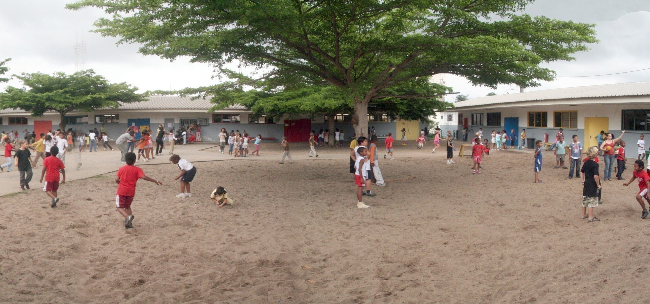 Gabon : Les 330 classes d'écoles financées par le budget de l'Etat que l'ANGT n'a jamais construit